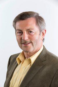 Dr. Michael Kneisel